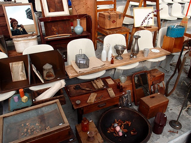 家具や雑貨がたくさん