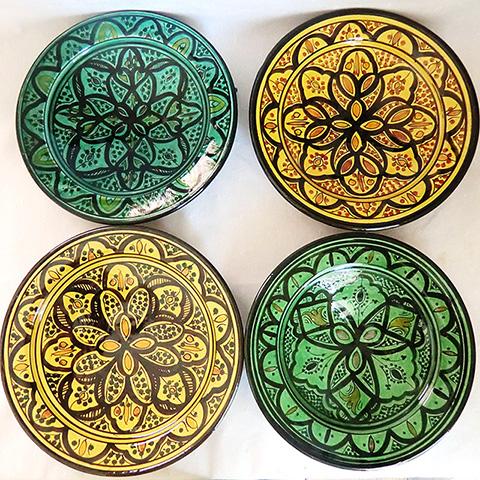 カラフルなのがサフィの陶器の特徴