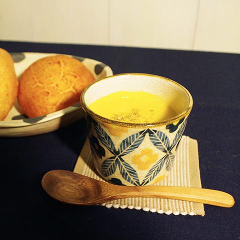 スープやお味噌汁などの汁物にも便利
