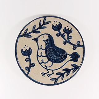 大内瑤子さんの鳥モチーフの器